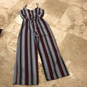 Adorable Jumpsuit New Without Tags Size Small